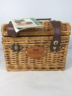 PICNIC TIME NAPA BASKET WITH WINE CHEESE SERVICE FOR TWO GRA